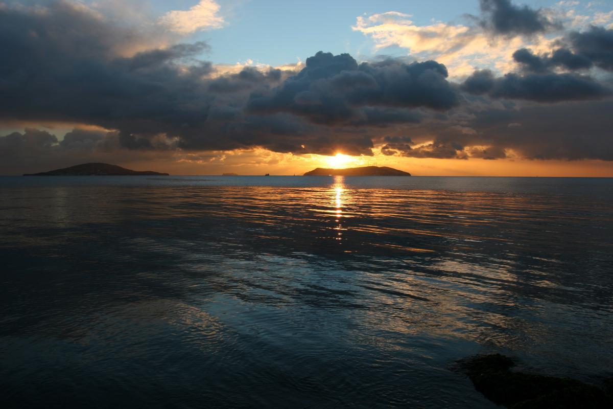 Закат над островами Адалар