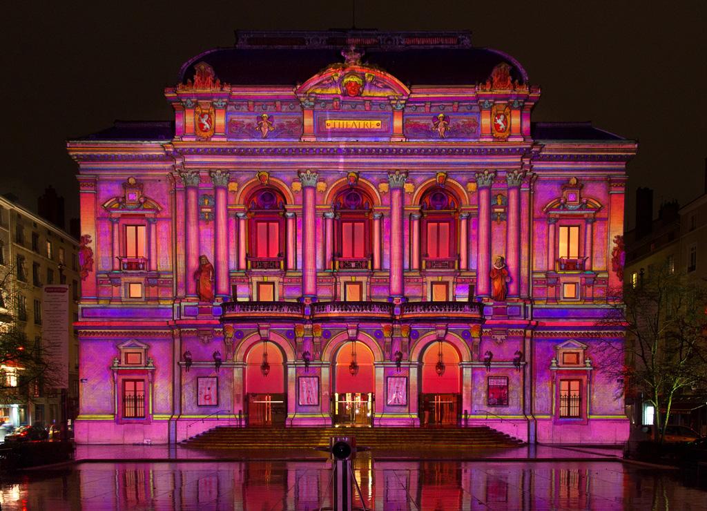Традиционный фестиваль света в Лионе