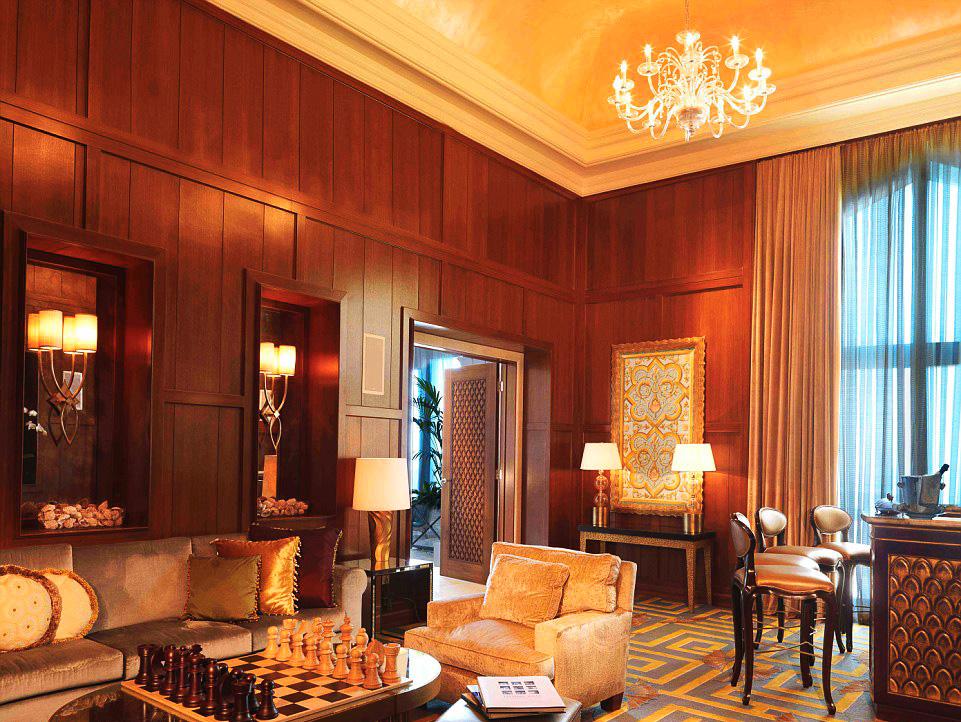 Royal Bridge Suite