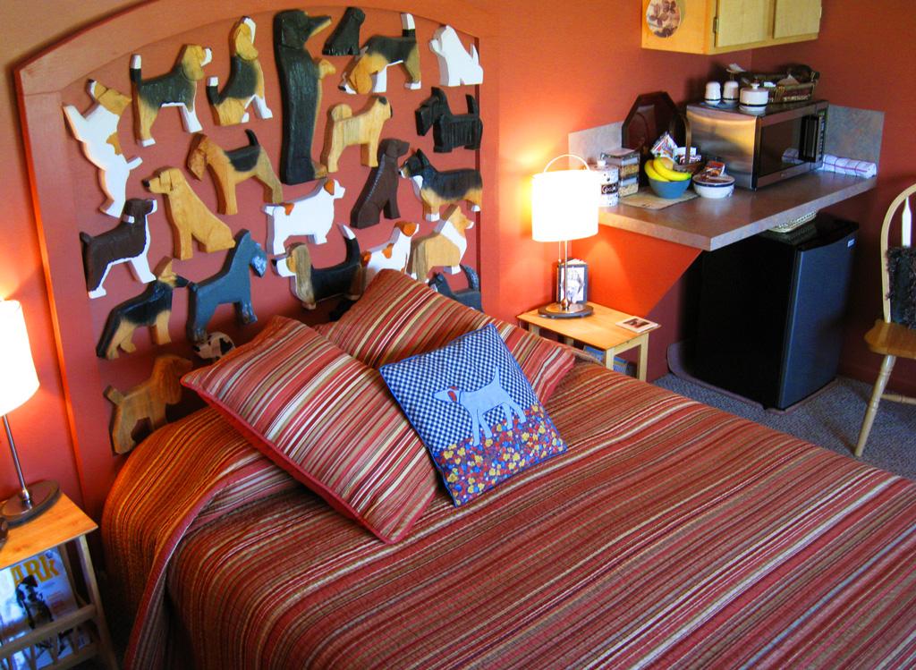 Номер в гостинице Dog Bark Park Inn в США (Айдахо)
