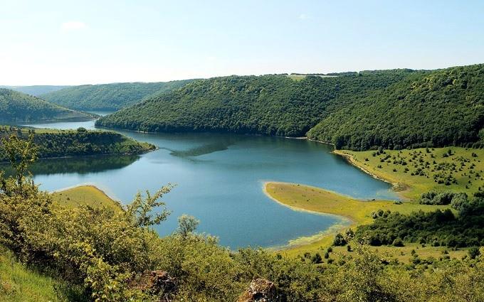 Подольские Товтры - куда поехать в Украине летом