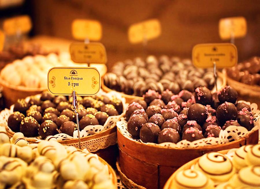 Большая шоколадная ярмарка на фестивале во Львове