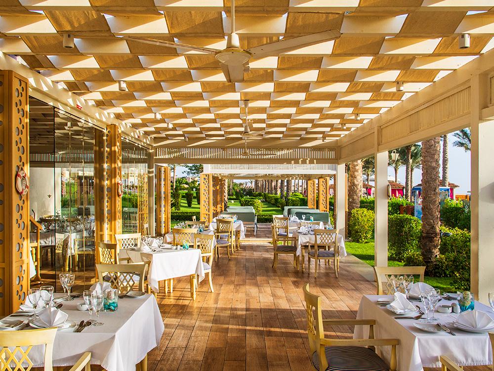 Ресторан Hatmehit в Rixos Sharm El Sheikh All Inclusive