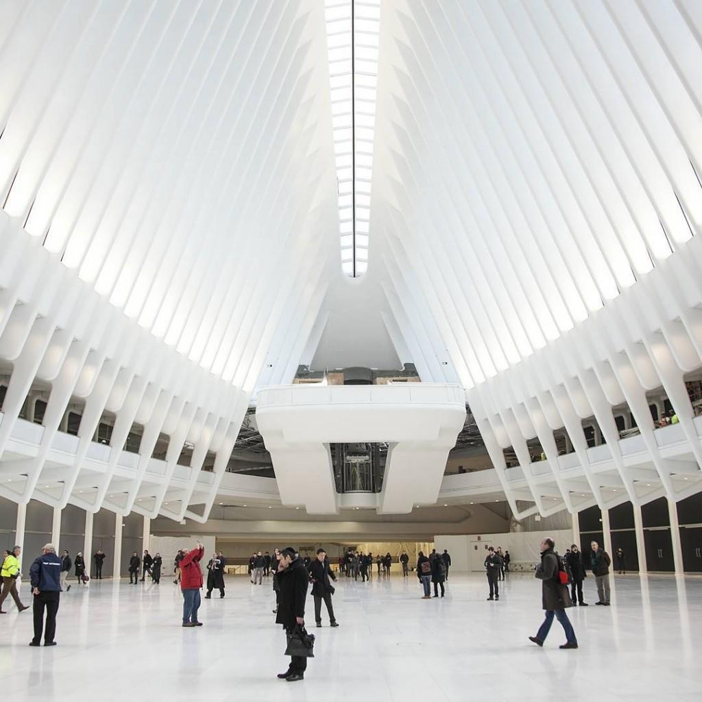 Вокзал Oculus внутри, Нижний Манхэттен