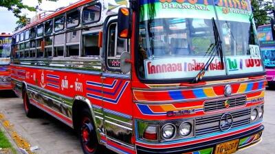 Рейсовый автобус 3 класса в Тайланде
