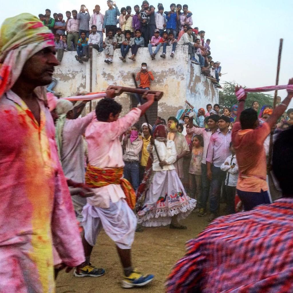 Как празднуют Холи в Индии