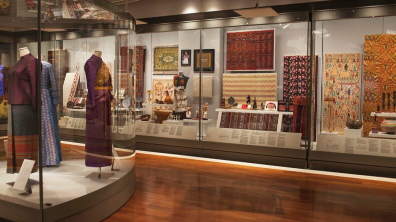 Музей королевы Сирикит в Королевском дворце Бангкока