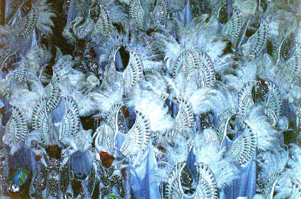 Парад школ самбы на карнавале в Рио