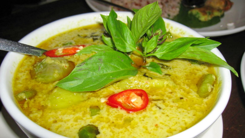 Блюда тайской кухни - Кео Ван (Gang Keow Wan)