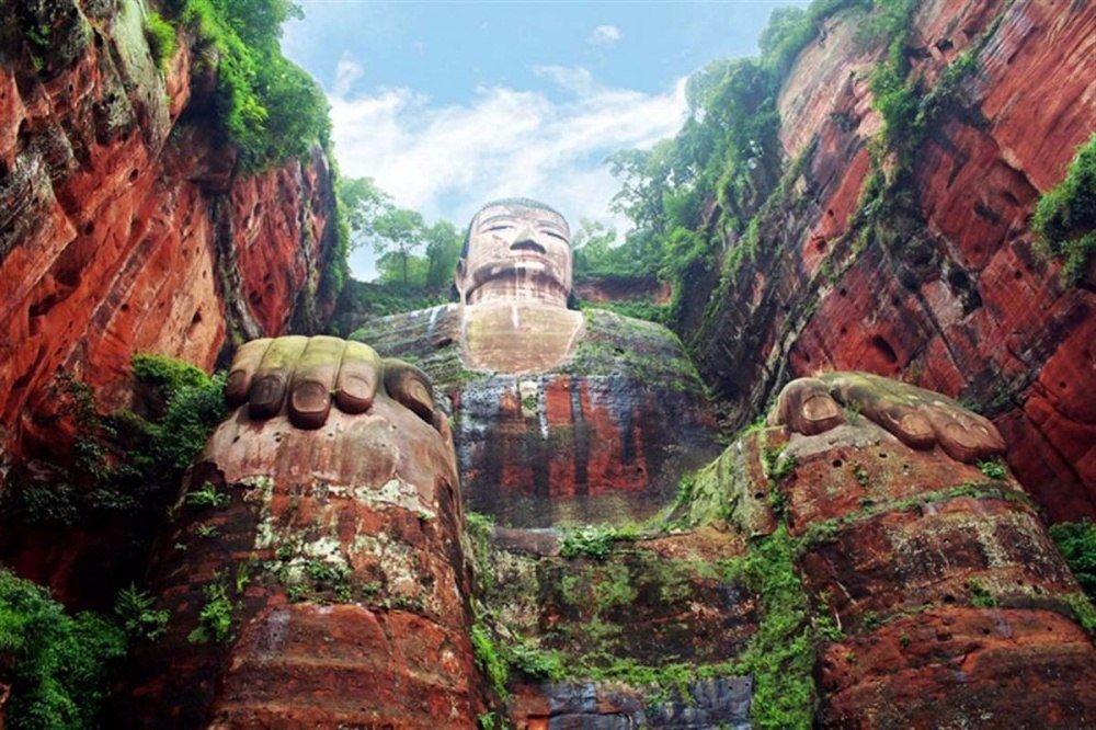 Гигантский Будда, Китай