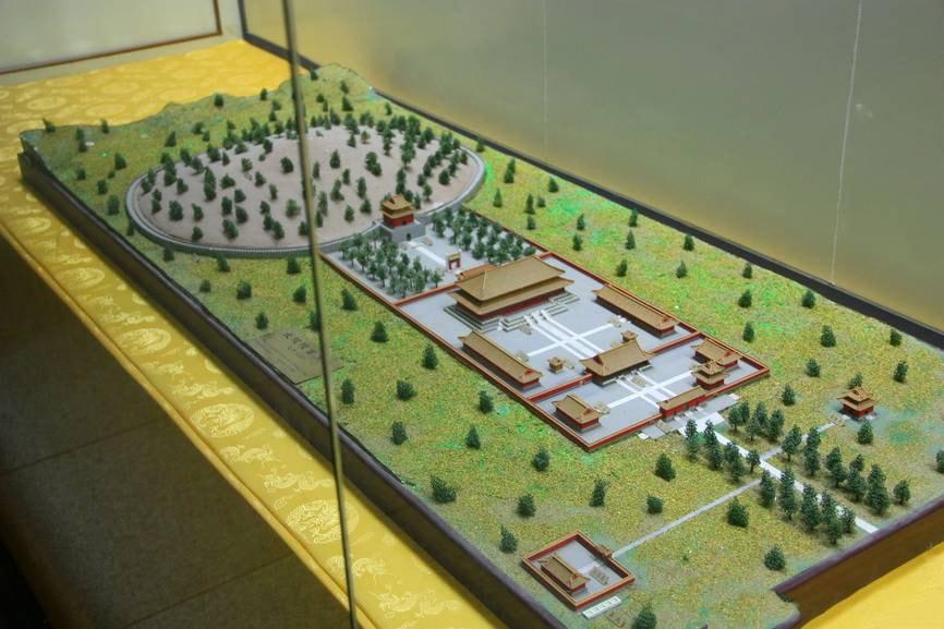 схема 13 гробниц династии Мин