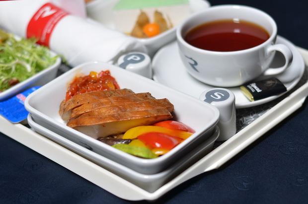 «Россия» обновила питание на рейсах из Санкт-Петербурга