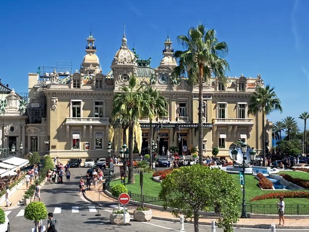 Дайджест из Монако. Наши туристы в ТОП-5, выставка княжеских авто и Весенний фест искусств