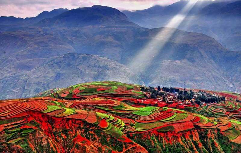 Холмы Дунчуаня