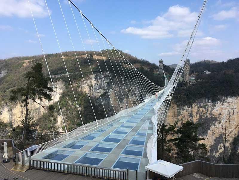 Мост над Гранд Каньоном в Чжанцзяцзе