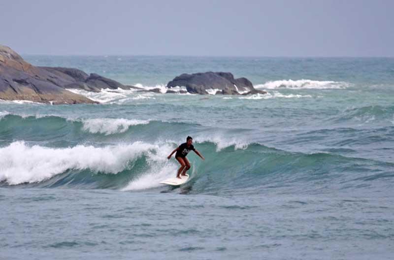 Серфинг на Хайнане в августе
