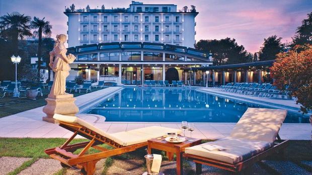 V-Hotels Group представлена в России известным профессиональным дуэтом