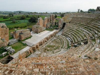 Амфитеатр в Никополя