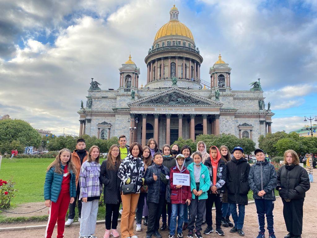 Более 7 тысяч школьников посетят Санкт-Петербург в рамках нацпроекта «Культура» 13
